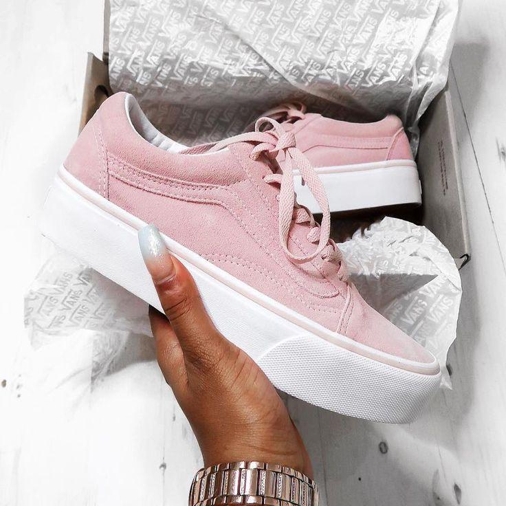 Vans Old Skool Platform Pink – einer der schönsten Sneaker für Frauen! Foto: https://www.instagram.com/dazhaneleah/