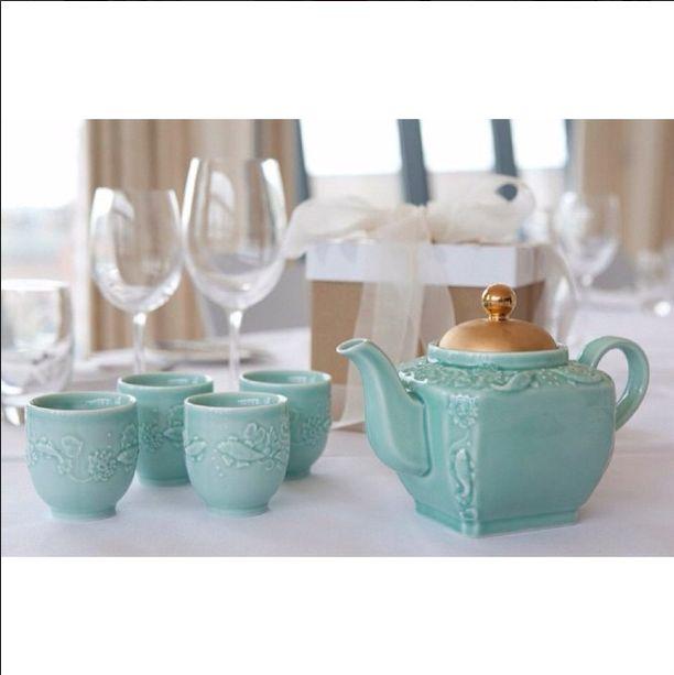 The tea pot of good fortune! A perfect wedding gift! tea set: £70 #alisonappleton #tea #teapot #love #ceramicdesign #gift #weddinggift #wedding #present #darcy #colourful #looseleaftea #cute #picoftheday #nofilter