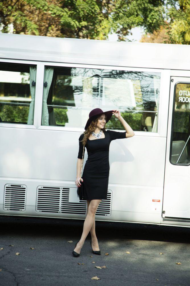 Добрый день! Еще одна новинка: маленькое черное платье, которое должно быть у каждой женщины. http://www.livemaster.ru/item/17733151-odezhda Герцогиня Виндзорская Уоллис Симпсон однажды сказала: «Если на вас правильное маленькое черное платье, ничто на свете не сможет его заменить». И с этим сложно поспорить. В 1926 году с легкой руки Коко Шанель в моду вошли черные платья.