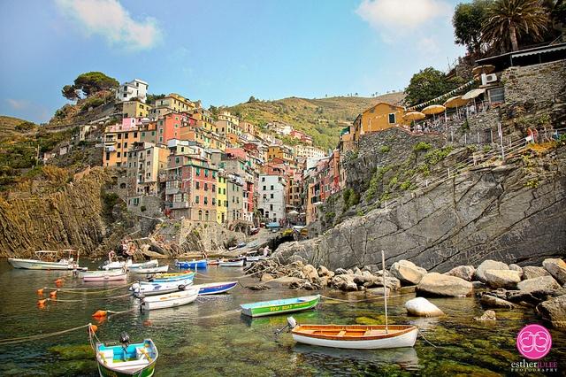 Riomaggiore Cinque Terre / Esther Lee #travel