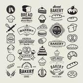 Bakery logotypes set. Bakery vintage design elements, logos, badges, labels, icons and objects — Ilustração de Stock #76103281
