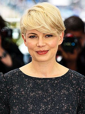 Michelle Williams`s hair is a perfect example of our favorite kind of hair. Michelle always has a gorgeous haircut, and when her hair is long, Michelle keeps it beautiful and healthy with simple and easy styles. Check her great and different hairstyles here in this page.