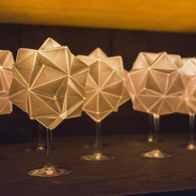 Folded centerpieces matching the origami wedding invitations. Photo: Kiss Lenke // Edinas Paper Installations