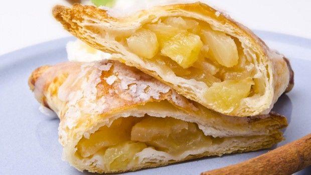 Apple Granola Cake