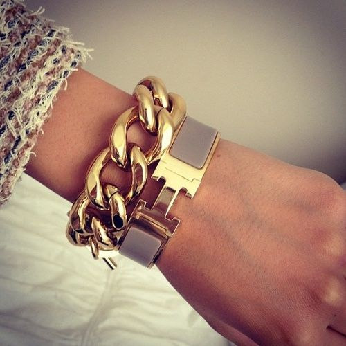 Hermes and gold chunky chain link bracelet stack | tumblr