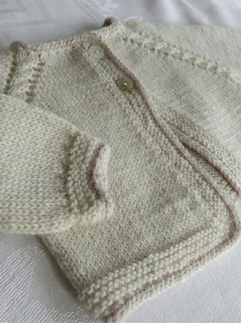Sweet little knitting project for baby! Big Bad Wool Pee Weepaca Baby Cardigan Knitting Pattern