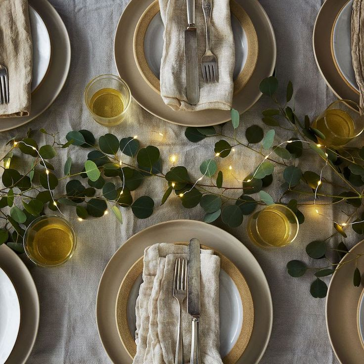 Simple Tablescape Holiday Decor Pinterest