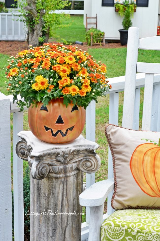 With A Little Paint, Those Cheap, Plastic Trick Or Treat Pails Can
