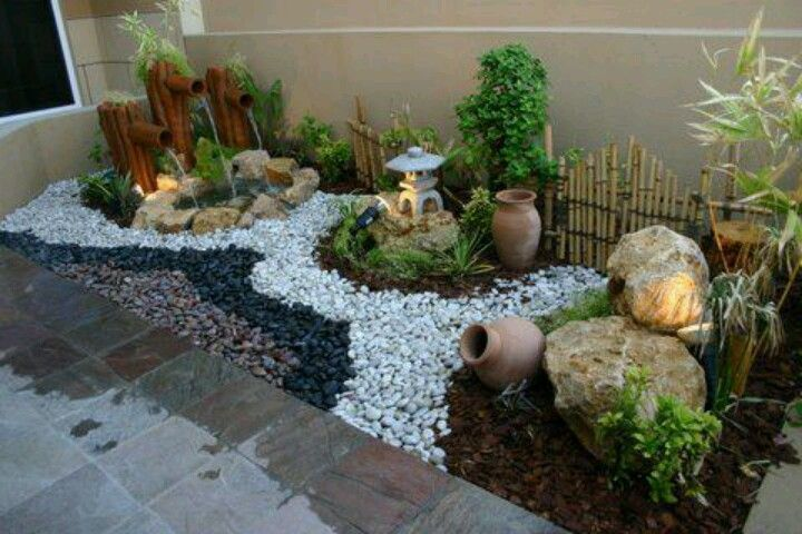 Decoracion de patios y jardines con piedras buscar con for Decoracion de paredes interiores fotos