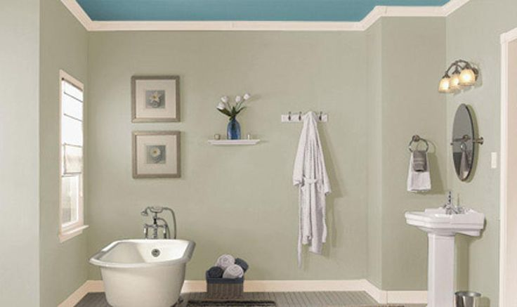 Blue ceiling with gray wall for bathroom bathrooms for Bathroom ceiling color