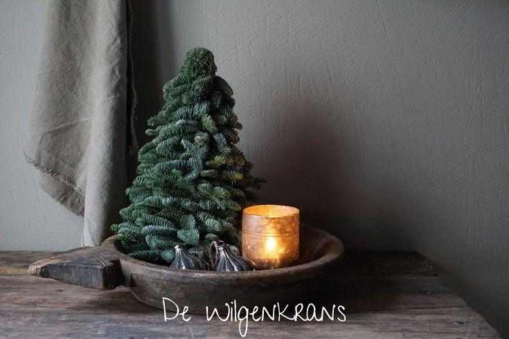 Nobilis Kerstboom Prachtig Landelijk Stoer Sober Bij De Wilgenkrans Kerst Landelijke Kerstversiering Rustieke Kerst