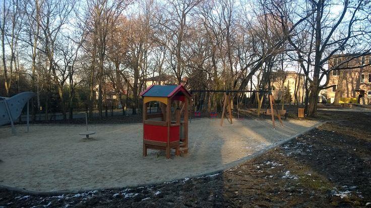 Stary BIeżanów, plac zabaw ul. Popiełuszki