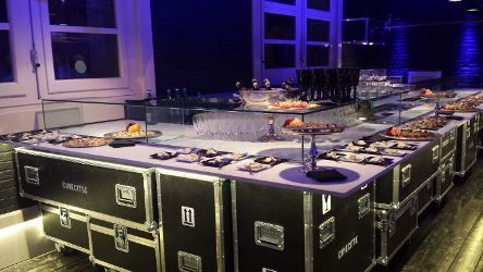 FLIGHTCASE SRL: CINECITTA' CAFE' ALLESTIMENTO BANCONE BAR
