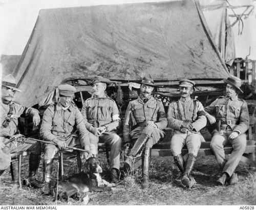 """Australian soldiers from the Boer War . The two on the left, Lieutenants Peter Handcock and Harry """"Breaker"""" Morant, were later executed for war Australian War Memoria"""