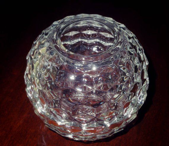 2 Pi COLONY CUBE VOTIVE Crystal Candle Bowl Holder Dish Clear Scalloped Edges Heavy Clear Cubist Stacked Cube Excellent Condition