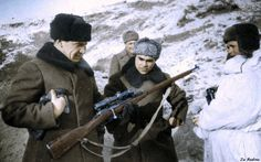 General Chuikov holding Vassili Zaitsevs rifle - Stalingrad | Flickr - Photo Sharing!