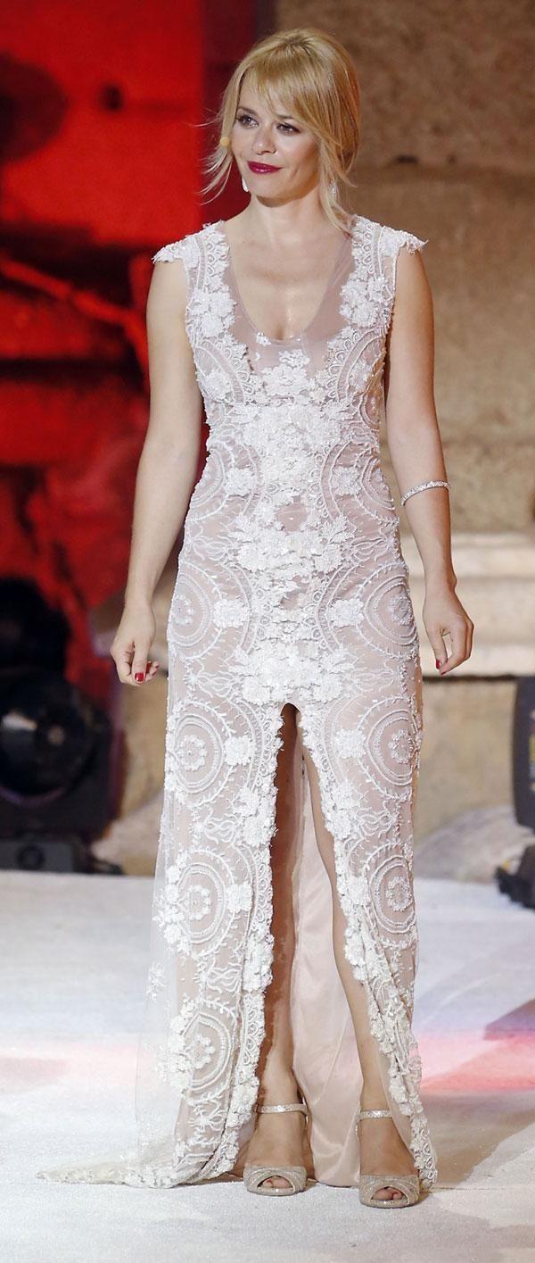 Spanish actress Maria Adanez Vestido alta costura by Santoscostura @santoscostura www.santoscostura.com #mariaadanez