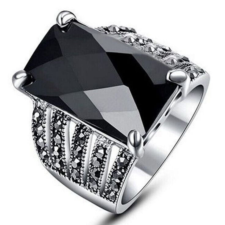 Unique NEW Black Fashion Big Rings For Women 2016 Silver Plated Punk Square Charm Jewelry Black Crystal Engagement Ring Finger