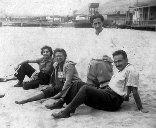 Blanca Varela, amigo, Sebastián Salazar Bondy y José María Arguedas. C. 1950 Crédito de la foto: Archivo Blanca Varela