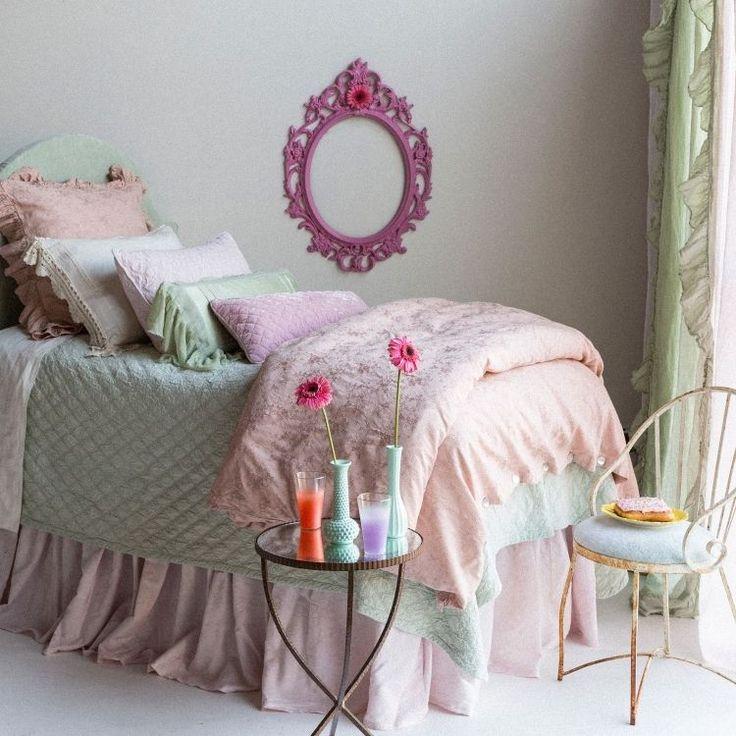 gris perle rose pastel et vert ple dans la chambre fille romantique - Peinture Pour Chambre Romantique Rose Pale Et Vert Deau