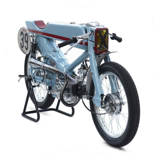 Deus Customs / Japan / built the world's most insane Honda Super Cub.