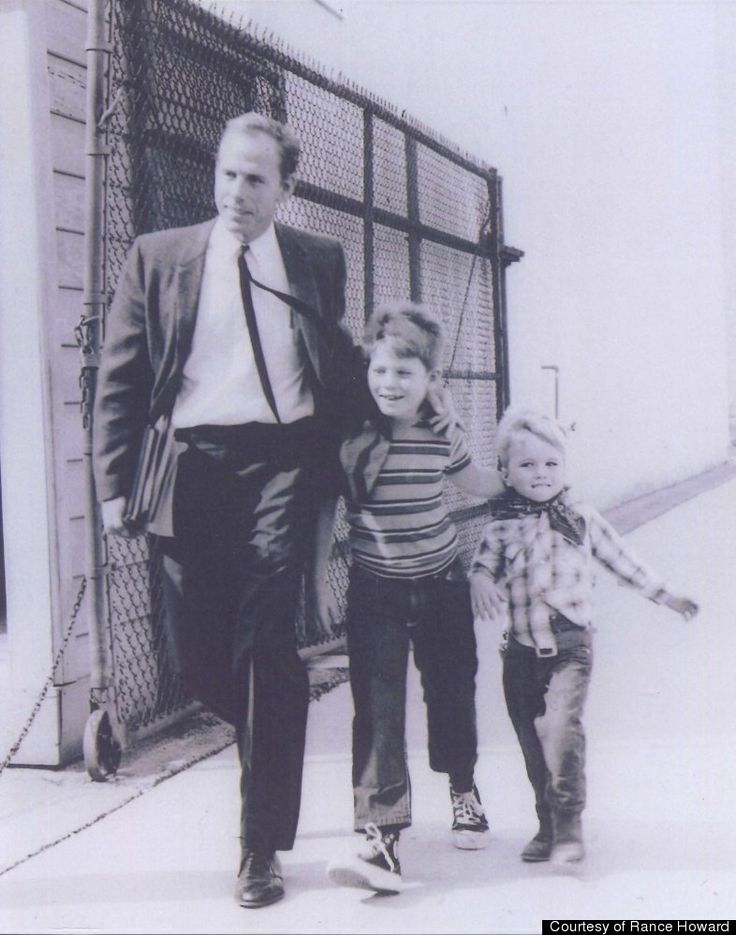 Actor Rance Howard with sons Ron and Clint