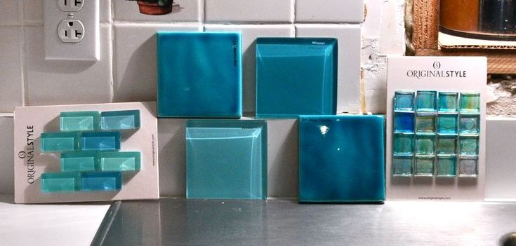 want turquoise glass tile back splash in my kitchen!