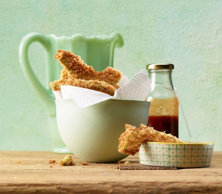 Aussen knusprig, innen zart und weich: Avocado-Fritters passen als Snack und zum Apéro. Oder einfach so.