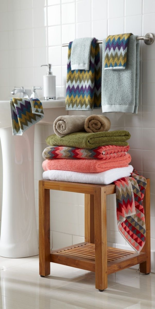 Bring a splash of color to the bath, in true David Bromstad style. Plush, absorbent, low-lint, 100% cotton comes to life in bold and vibrant chevron patterns.
