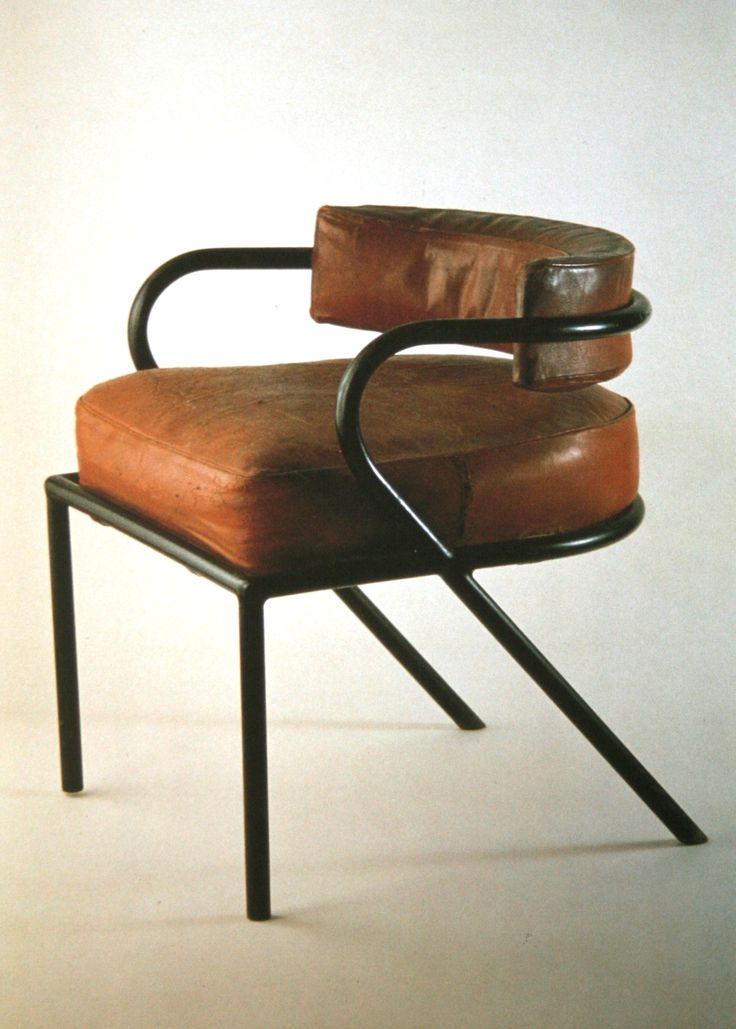 Chaise Sandows by Ren  Herbst  France  Ren  Herbst is considered one of the  first designers in France to use tubular steel for furniture construction. 388 best Old good things images on Pinterest   Light fixtures