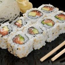 Como fazer sushi uramaki - Assim Sefaz