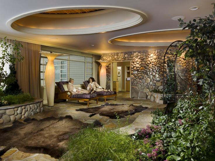 Skana Spa at The Lodge Spa massage bed, Destination spa