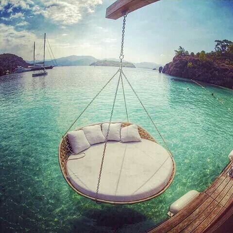 17 best images about hammocks swing chairs on pinterest for Circle swing chair