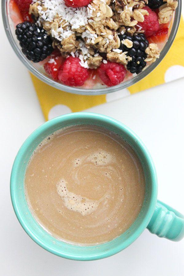 Healthy, Paleo, Skinny Vanilla Latte: Just Coffee, Almond Milk, Vanilla and Stevia - Simple Green Moms