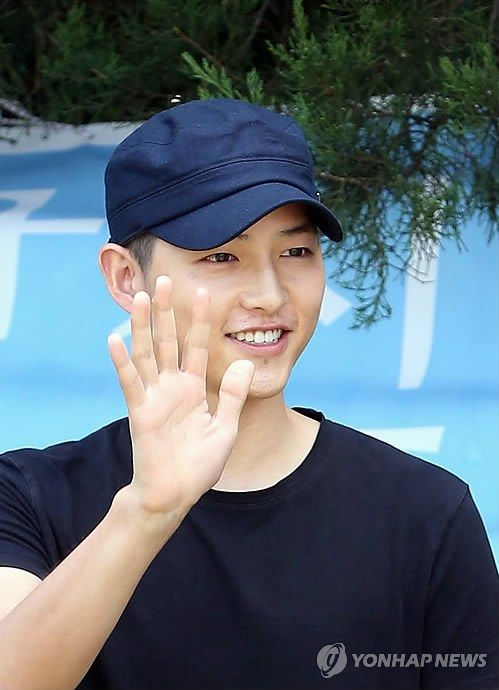 Song Joong Ki's enlistment *34