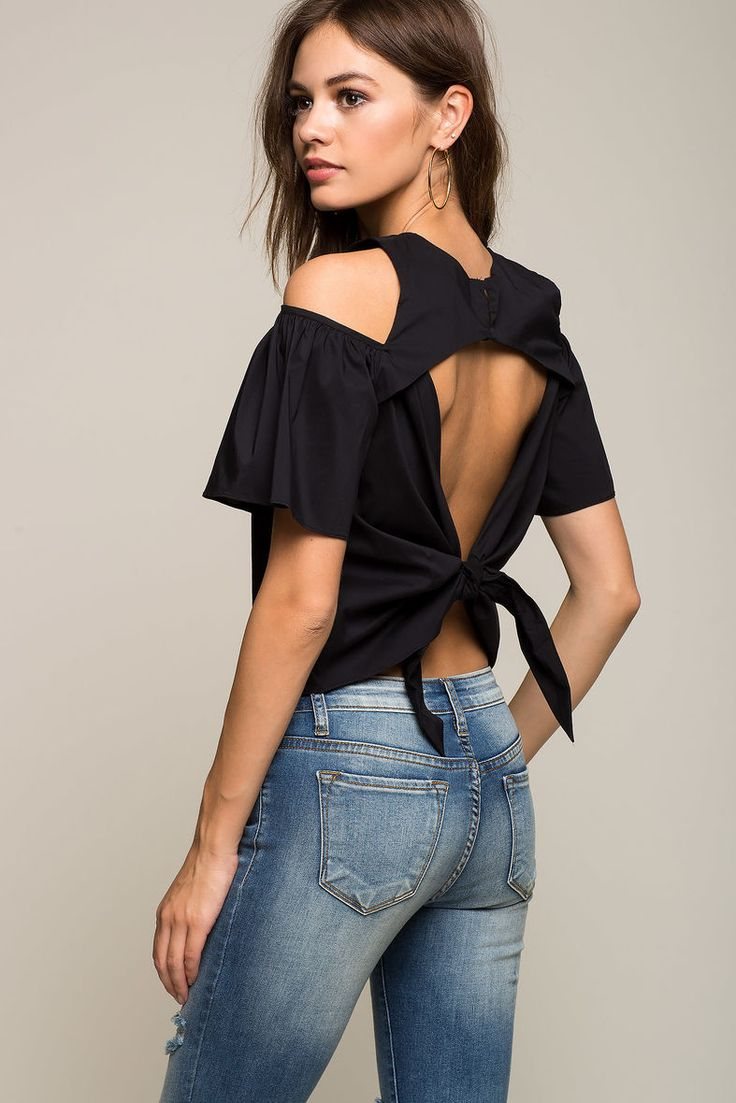 Poplin Cold Shoulder TopPoplin Cold Shoulder Top