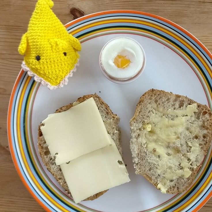 #breakfast #wholegrain #bread #butter #cheese #softboiledegg