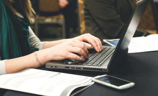 Top Software That Make a Writers Life Easier