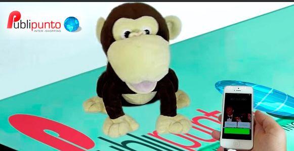 Sube el volumen de la música y diviértete con los Curriland. Patch el perro, Manny el mono o Freddy la rana reproducen el sonido de un mp3 o móvil y bailan todo lo que pongas. ¿Puedes seguirles el ritmo?   http://youtu.be/NbUpLiys0bI