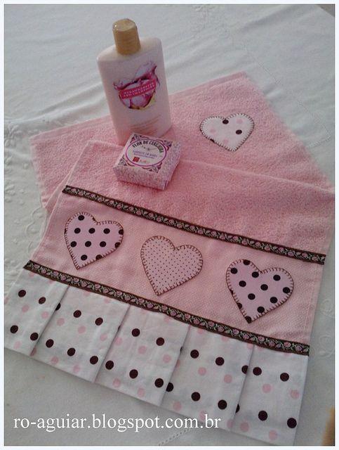 Toalha de rosto  Barra e aplicação em tecido 100% algodão