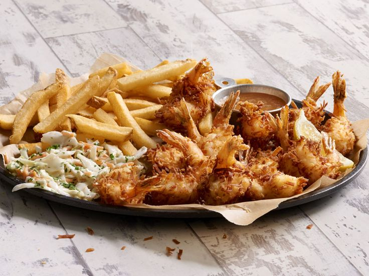 Jumbo Coconut Shrimp YuumZ I cant go for this right now @Joes_Crab_Shack #comidarica #foodie #shrimp