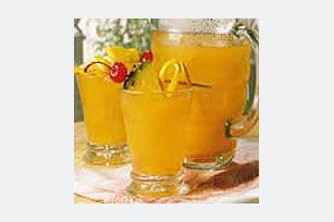 Pineapple Passion Punch recipe  1 tub CRYSTAL LIGHT Pineapple Orange Flavor Drink Mix  1 qt. (4 cups) cold unsweetened pineapple juice  2 cups cold water  1 bottle (1 liter) club soda, chilled    PLACE drink mix in large plastic or glass pitcher. Add pineapple juice and water; stir until drink mix is dissolved. Refrigerate several hours or until chilled.   POUR into punch bowl when ready to serve. Stir in club soda. Serve over ice cubes.