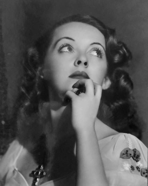 Bette Davis-this pic is stunning!! <3
