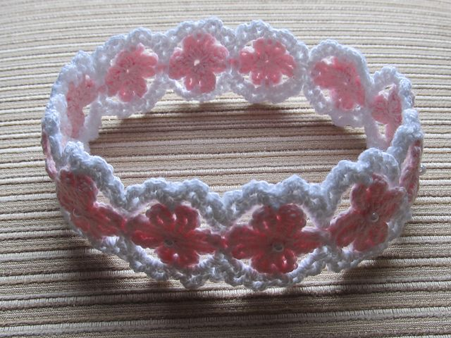 Ravelry: Crochet Headband for a Girl pattern by Elena Chen