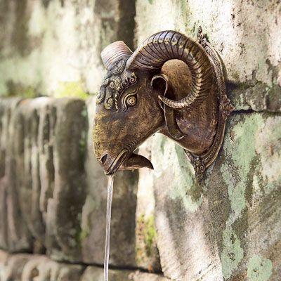 Wohnaccessoires im Orientalischen Stil: Widderkopf im Orientalischen Stil - Wohnen & Garten