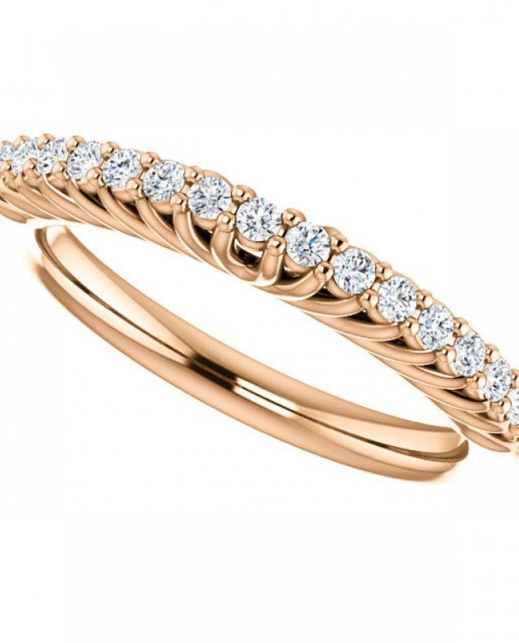 Inel din aur roz cu montura de diamante