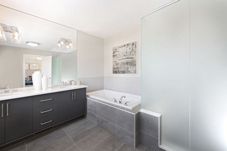 This is the Ensuite Bathroom of the Turner model home located in our Poole Creek community in Kanata/Stittsville.