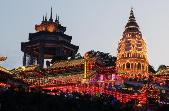 Foto Der Woche – Kek Lok Si Tempel in Penang Festliche Beleuchtung Chinesisches Neujahr #KekLokSiTempel #Penang