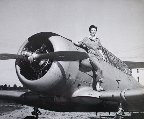Norah, last name unknown, member of the RCAF Women's Division, at RCAF Centralia, Ontario, probably in 1943 or 1944. For more: www.elinorflorence.com/blog/rcaf-women-photographer