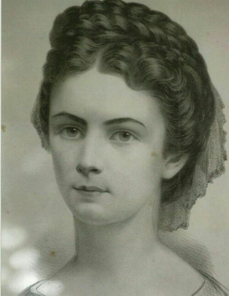 Empress Elisabeth (Sisi)!She was known for her beauty!!
